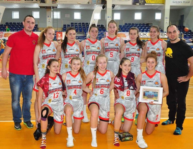 Kadetky Lokomotívy reprezentovali klub a mesto Sereď v Poľsku na Európskej lige mládeže