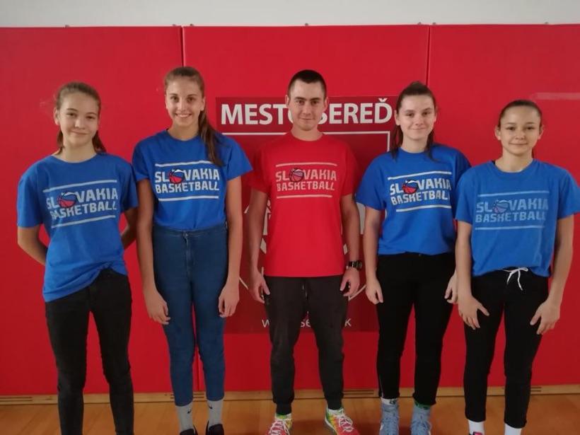 V Seredi sa konal ďalší kemp pre dievčatá do 14 a 15 rokov